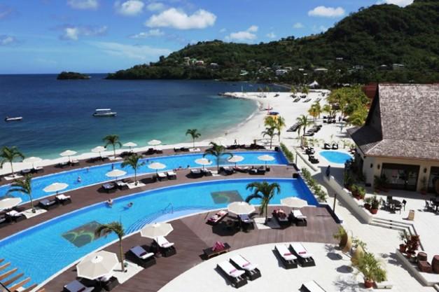 Buccament Bay Resort pool