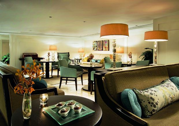 The Ritz-Carlton, Fort Lauderdale hotel lounge