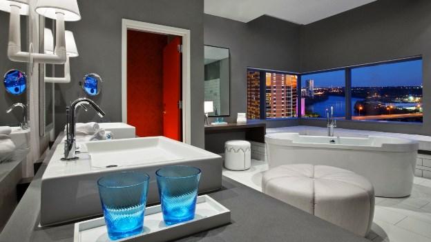 W Austin Hotel Extreme WowBathroom
