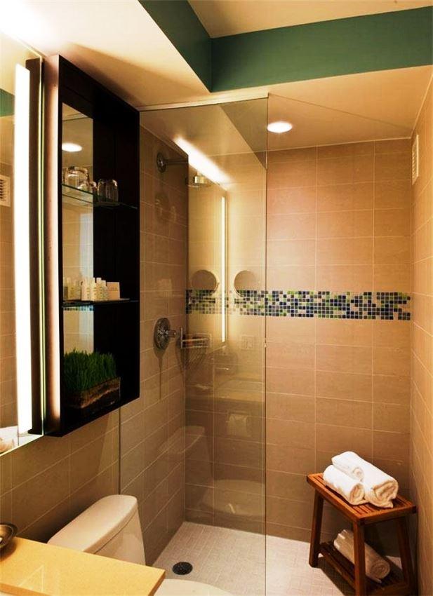 Hotel Indigo NYC Chelsea guestroom bathrooms