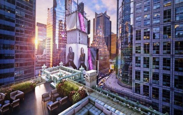 The Knickerbocker Hotel outdoor deck