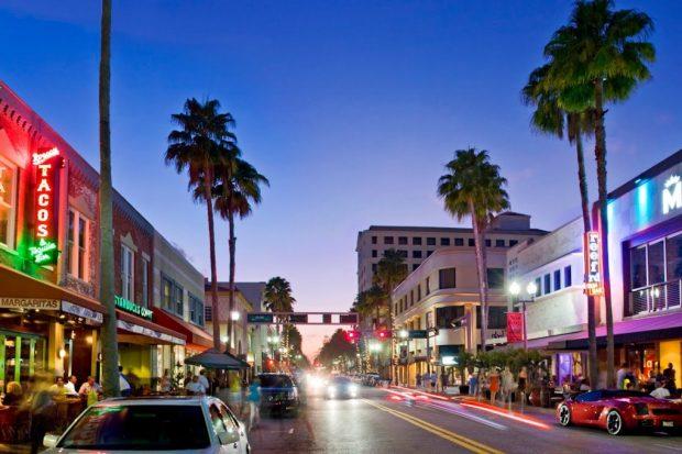 Boca Raton downtown