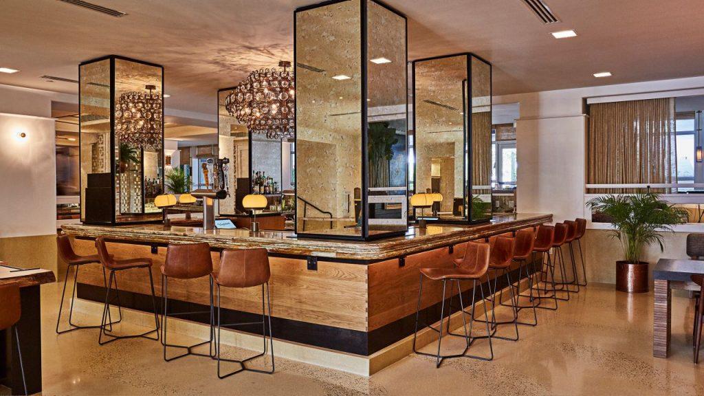 The-Confidante-Miami-Beach bar